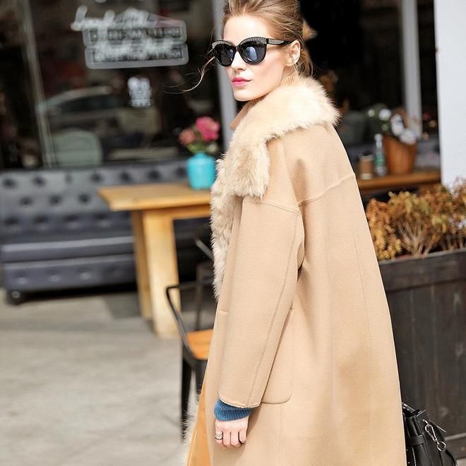 女人不買衣服也別買地攤貨,輕奢的時髦外套,不吃飯也要買兩件