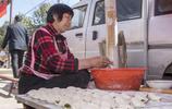 農村這種接地氣的小吃,1元兩個一天賣出上千個,剛出鍋時最好吃