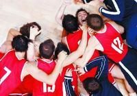 8.3高分!《絕殺慕尼黑》贏得觀眾好口碑,主演練了八個月籃球
