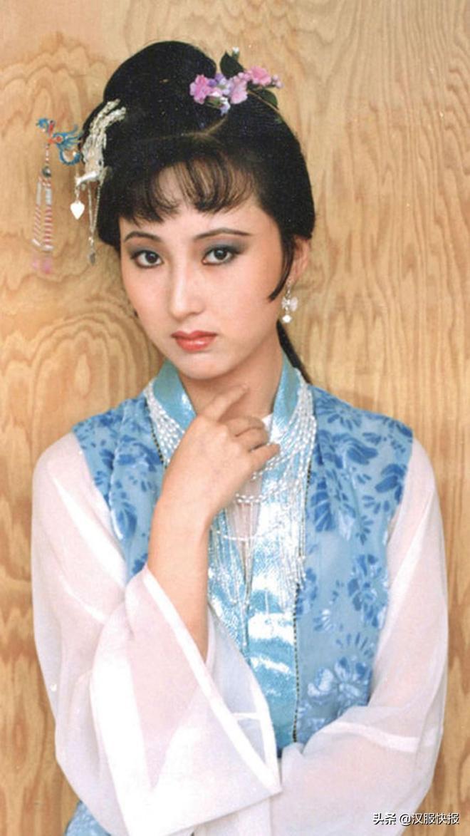 精選87版紅樓夢,林黛玉豔美清純圖集,多數人沒見過的珍藏品!
