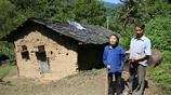 90歲盲媽住深山,54歲兒子照顧 20年,稱不答應一事七仙女也不娶