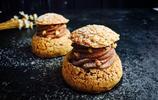 巧克力酥皮泡芙是一種源自意大利的西式甜點