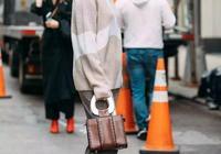 毛衣+闊腿褲,職場女生必學的簡約風格