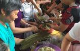 蛋黃粽子、叉燒粽子,竟然還出現了鮑魚粽子!