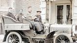 清朝人開貨車送貨你見過嗎,看看這組老照片,騾車汽車貨車都有