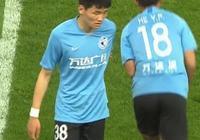 魯能對陣一方,U23球員再遇尷尬,楊芳志上場不到兩分鐘後即被換下,你怎麼看?
