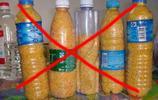 別用飲料瓶裝米了,又髒又寒酸!精明女人這樣弄,米放十年不生蟲