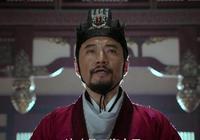 大臣性命難保,連忙讓人幫政敵一起彈劾自己,皇帝卻說:給你升官