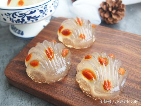 中式水晶糕點是一款顏值爆表的中式糕點