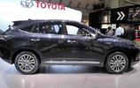 豐田新車配鷹的車標,定位高於RAV4為中型SUV,生於雷克薩斯平臺