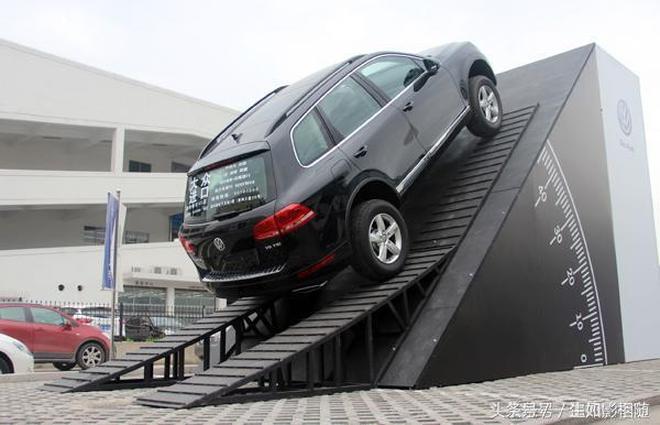 不要用D檔走天下,自動擋汽車這樣開,最起碼比手動擋省一半油