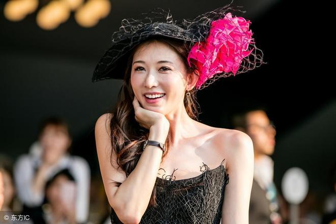 林志玲身材哪裡像44歲的女人!女生看了也會喜歡上她吧