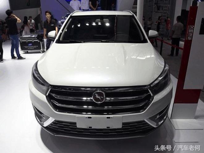 這款SUV車標吸引無數寶馬粉,外觀秒殺H6,售價僅6萬還買啥合資車