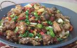 安徽濉溪,千年古鎮吃美食,三個人三個菜,一盆湯一百元,不貴吧