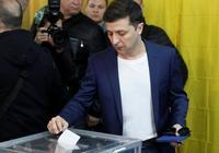 波羅申科承認敗選,澤林斯基宣佈獲勝,你認為烏克蘭的內政外交將會有何改變?