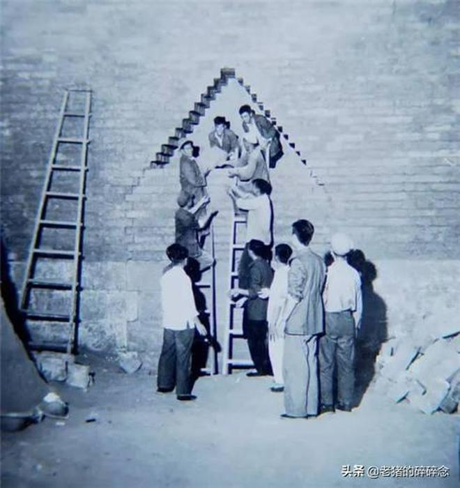 第一次主動開挖皇帝陵墓,明神宗地下玄宮金剛牆開啟老照片
