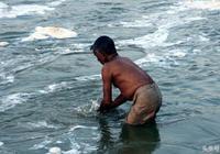 印度恆河要變乾淨的節奏:印度法院禁止在恆河傾倒垃圾