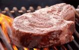 凍肉剛從冰箱拿出來別立即用水衝!教給你 一個小妙招能立馬解凍