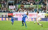 足球——中超:貴州恆豐智誠主場0比2不敵上海綠地申花