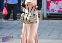街拍:北京西單一名像佟麗婭的女神,但身材比佟麗婭還要好