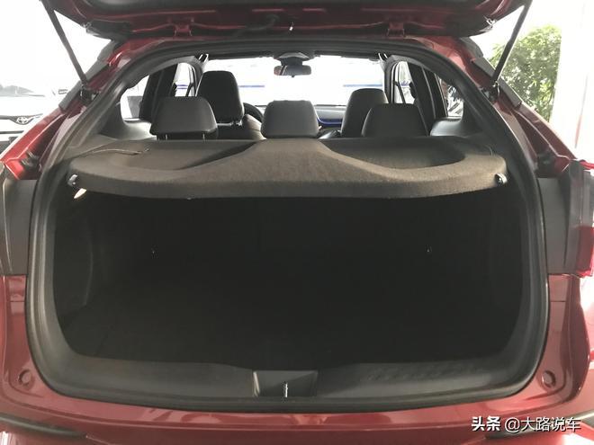 大路探店實拍:一汽豐田奕澤與廣汽豐田CHR 到底哪款車更值得買?
