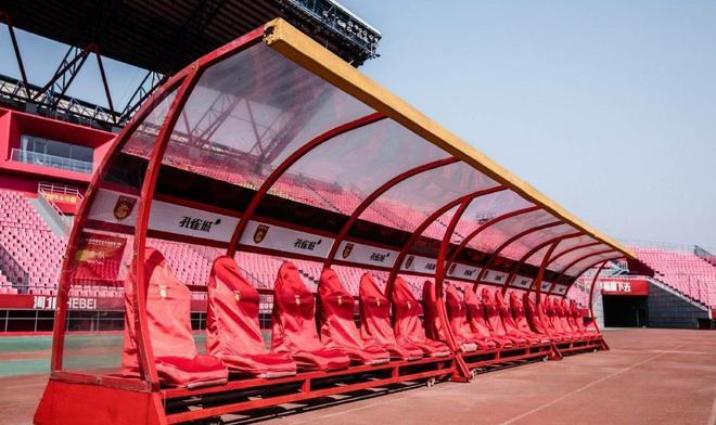 河北華夏幸福主場改造一新,一起欣賞一下改造後的廊坊體育場