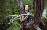 實拍三十歲澳大利亞女子野外兩年真實生活,只為傾聽大自然的聲音