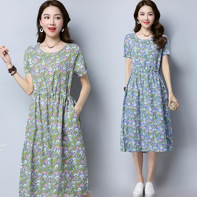 女人上了40歲就要注重穿著了,大碼裙穿出優雅氣質還非常減齡