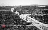 這是1945年的日本廣島,這是被原子彈轟炸後的廣島