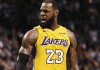 NBA最強四大前鋒球員詹姆斯小卡字母哥杜蘭特,誰才是一哥?