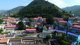 """深山裡的小村莊,一個充滿藝術氣息的美麗""""彩色村莊"""""""