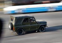 街拍平壤街頭的汽車,看看平壤街頭都跑的什麼車!