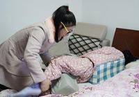 """""""當代曹娥""""!上虞一女大學生帶著高位截癱的媽媽一起出嫁"""