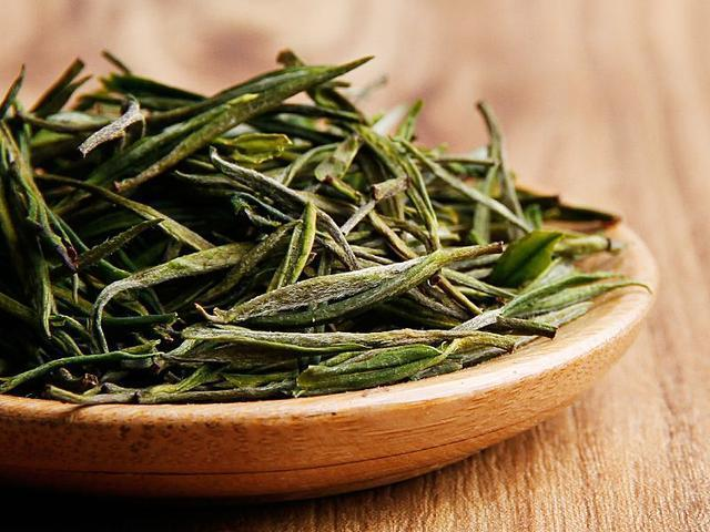 安吉白茶是白茶嗎?茶湯顏色清淡的都是白茶嗎?