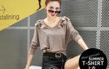 簡簡單單的優雅氣質小衫,隨便一穿就有名媛女神範,時髦過秋冬