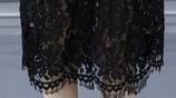 """有一種""""冬裙"""",又叫""""一步裙,高貴迷人,但70後穿,國色天香"""
