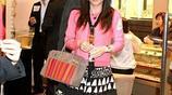 甘比,醜的可憐,竟讓劉鑾雄花大量財力,成為香港最年輕女首富