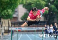 """長沙""""小劉翔""""在世界中學生田徑錦標賽上收穫兩塊銀牌"""