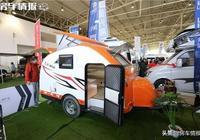 售價5.28萬,這款房車超好停放,適合小兩口,還帶升降頂!