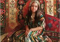 她筆下的油畫作品顏色厚重而表現生動,自有獨特韻味