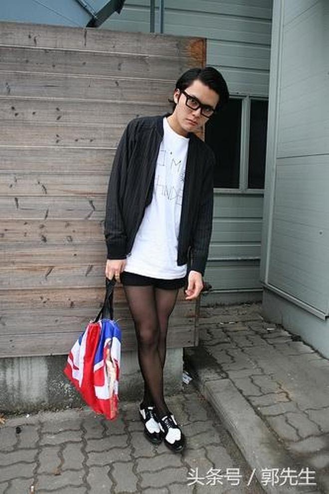 男性穿絲襪比女性更時尚噢