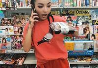 《中國有嘻哈》裡的vava的生活照!