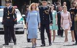 這個單身媽媽有點剛!斯洛伐克最年輕總統,首任女總統宣誓就職
