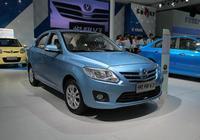 悅翔V3,國內品牌長安旗下車型,不僅質量可靠,價格不貴還保值