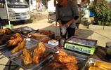 農村大集上18元一隻的烤鴨賣的還不錯,有人說不能吃,你會買嗎?