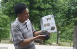"""農民撿一塊黑色""""怪石"""",專家估價值百萬,收錄""""精品雅集""""書中"""