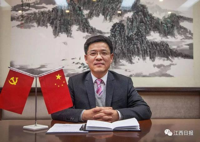 南昌師範高等專科學校校長李文龍朗讀:清貧