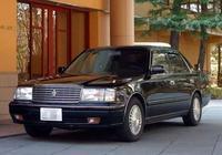 豐田國內唯一賣不動的車,曾經逼格碾壓A6,現在僅23萬卻無人問津