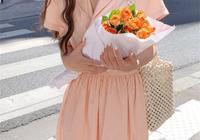 夏天出門不懂穿啥好?美麗清涼的連衣裙,一件美全身