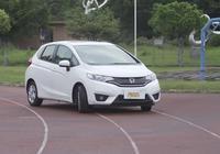 這款車頂配才有ESP,7-11萬靠著動力和空間依舊月銷近萬